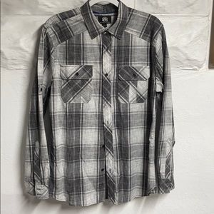 Never worn LS plaid button down